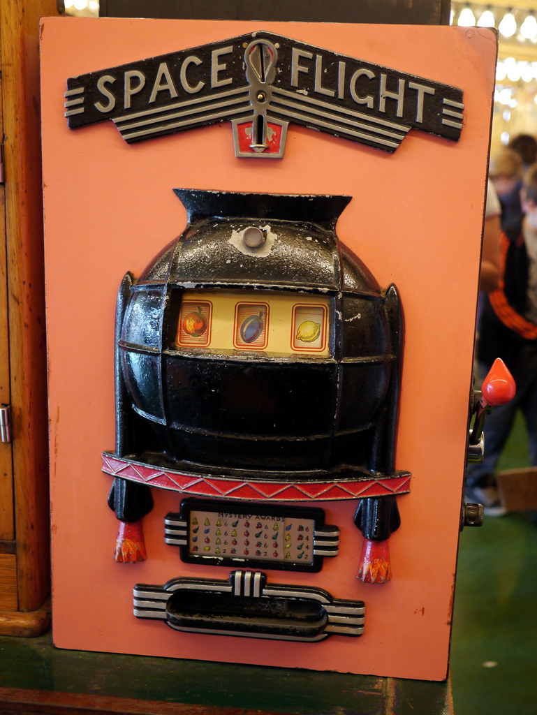 'Old-fashioned' slot machine